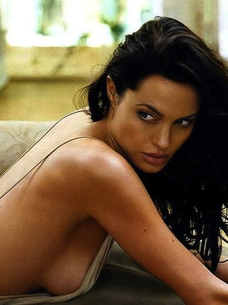 Angelina Jolie Nude Shots 114