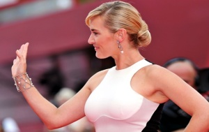Kate Winslet looking hot in white dress