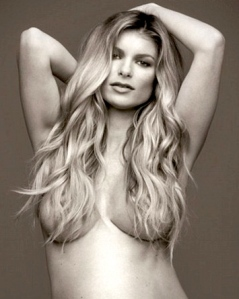 Marisa Miller Completely Naked Pregnant Photo Shoot for Allure