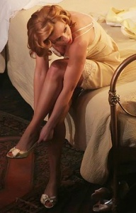 Scarlett showing off her legs in lace negligee