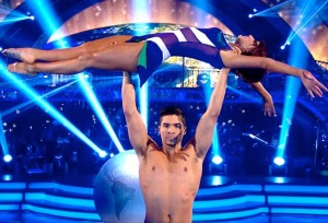 Topless Louis Smith lifts up Flavia Cacace in Strictly Final showdance
