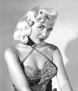 Sexy 1950's star Gloria Pall - Voluptua, Miss Cleavage, The Eyeful Tower