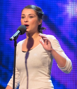Alice Fredenham on Britain's Got Talent. Looks hot and can sing brilliantly.