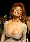 Sophia Loren in very low top showing her nipples