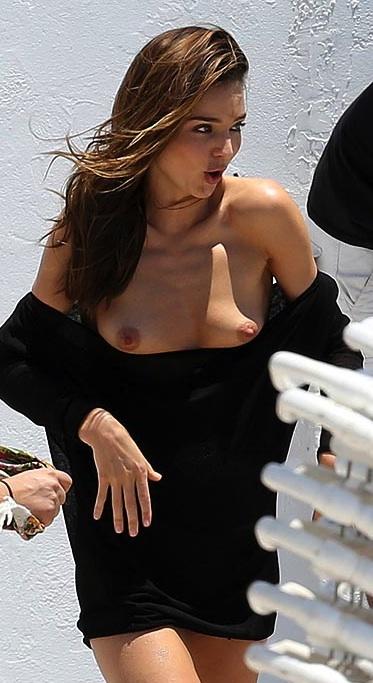 Consider, miranda kerr wardrobe malfunction nude amusing information