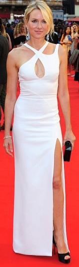 Naomi Watts looks beautiful in stunning white dress at Diana premiere
