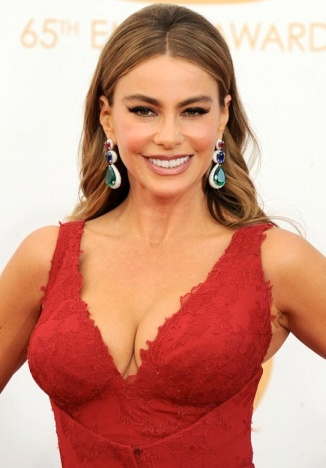 Sofia Vergara shows big cleavage in red Vera Wang dress at Emmy awards