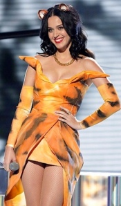 Katy Perry in sexy tiger outfit to sing Roar on X Factor 2013