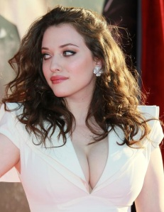 Kat Dennings, Max 2 Broke Girls, big boobs, big cleavage in white dress