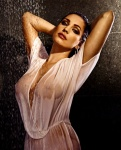 Kelly Brook shows nipples in wet see through shot from 2014 calendar