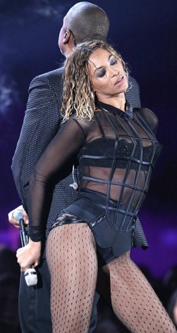 Beyonce bumps and grinds with Jay Z in seethrough black bodysuit at 2014 Grammys