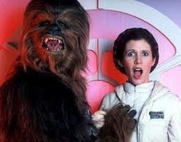 Chewbacca grabs Princess Leia's boobs