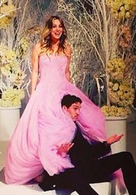 Kaley Cuoco's pink wedding dress by Vera Wang. Big Bang Theory's Penny marries Ryan Sweeting