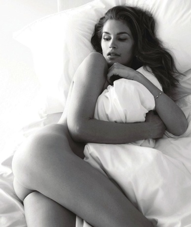 Cindy Crawford poses totally nude for W magazine at 48-years old