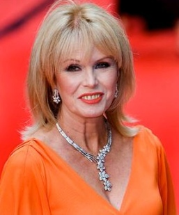 Joanna Lumley still lovely at 67 years old
