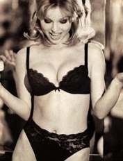 Eva Herzigova Hello Boys cleavage photo for Wonderbra ad 1994
