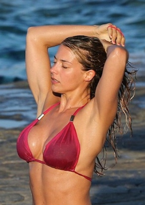 Gemma Atkinson shows her boobs in wet bikini