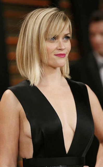Reese Witherspoon shows sideboob at Vanity Fair party | What's Hot ...