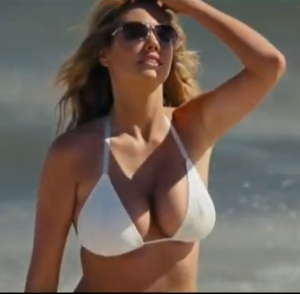 Kate Upton is The Boobs in The Other Woman