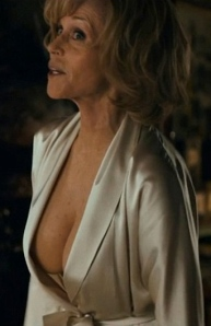 Jane Fonda flashes her boobs in new movie This Is Where I Leave You