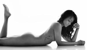 Star Trek actress Zoe Saldana naked photo for WH magazine. Lieutenant Uhura.
