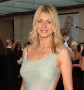 Tess Daly great boobs showing under dress