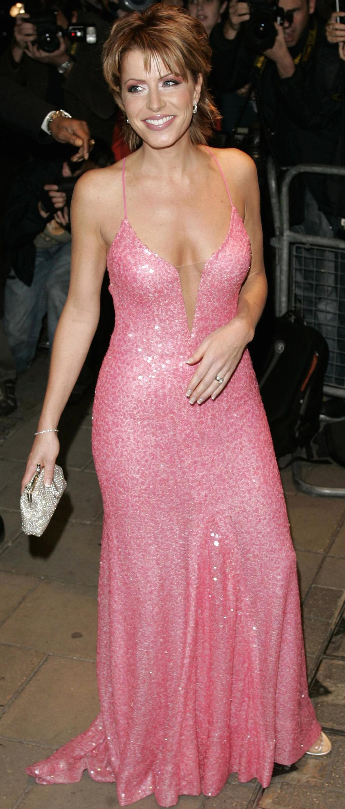 Cleavage Kimberley Walsh nude (28 photo), Sexy, Is a cute, Feet, cleavage 2015